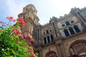 Catedral La Manquita en el centro histórico de Málaga