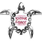 Kayak y Bike logo de una tortuga tribal